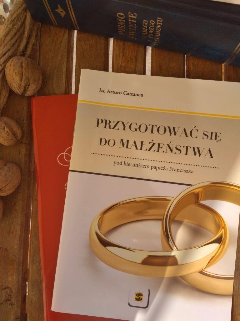 """""""Przygotować się do małżeństwa pod kierunkiem papieża Franciszka"""" - książki dla narzeczonych"""